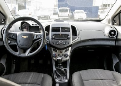 Chevrolet Aveo hatch back (3)