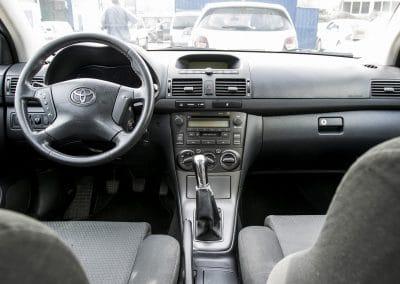 Toyota Avensis (3)