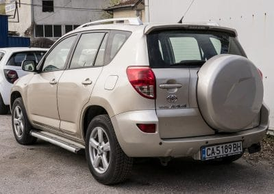Toyota Rav 4 (3)
